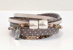 Wickelarmband handgefertigt, taupe beige, Stoff, Punkte, Leder & Perlen gemixt