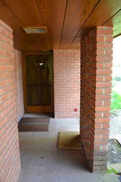 Smith House entry