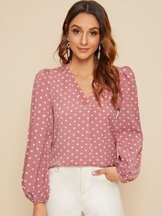 Shein V-neck Polka Dot Lantern Sleeve Top Spring Shirts, Spring Tops, Spring Blouses, Fashion News, Fashion Outfits, Womens Fashion, Mode Turban, Pulls, Fashion Prints