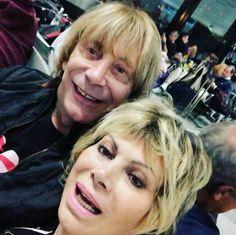 Carmen Russo e Enzo Paolo Turchi vacanze a Malindi con Maria: le foto
