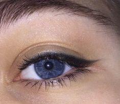 Ocean Blue Eyes, Dark Blue Eyes, Pretty Eyes, Beautiful Eyes, Blue Eyes Aesthetic, The Infernal Devices, Nail Tutorials, Pretty Makeup, Eye Make Up