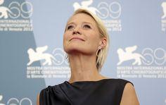 Danimarkalı aktris Trine Dyrholm festivalde ışık saçtı. #venicefilmfestival