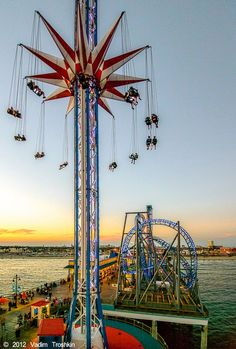 Galveston Island Historic Pleasure Pier: The Star Flyer will make your day - give a whirl.
