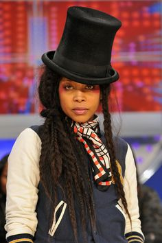 """Erykah Badu with a thick, mile-long braids loosely gathered into a side ponytail // """"Plaits, Please: Braids are Back! Black Girl Magic, Black Girls, Hip Hop, Afro Punk, Celebs, Celebrities, Beautiful Black Women, Beautiful Ladies, Look"""