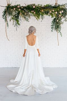 Loretta Wedding Gown by ChantelLaurenShop on Etsy https://www.etsy.com/listing/386079098/loretta-wedding-gown