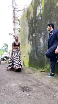 Bollywood Wedding, Bollywood Saree, Bollywood Fashion, Cute Couple Songs, Cute Love Couple, New Outfits, Casual Outfits, Beautiful Love Pictures, I Love You Images