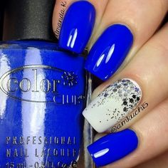 Royal blue manicure with white and silver glitter accent nail http://trends-style.com/wp-content/uploads/2013/11/Obsessed..jpg