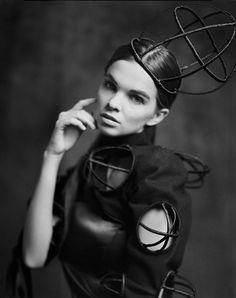 false princess model: Natalia ML Studio dress: Magdalena Herwich scan large format 4x5