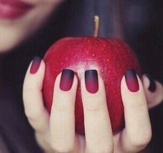 Pretty nail idea for Halloween 2015 #pampadour