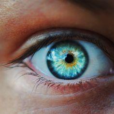 Blue Eyes Aesthetic, Blue Eye Color, Bright Blue Eyes, Pretty Eyes, Blue Green, Makeup, Rapunzel, Aesthetics, Board