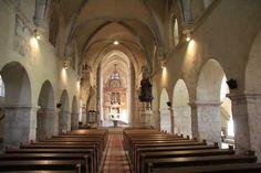 Die evangelische Kirche von Mühlbach (Foto ©  Norbert Eisner) Lutheran, Kirchen, Stairs, Home, Decor, Pictures, Travel, Stairway, Decoration