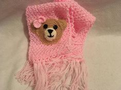 A lovely winter scarf to keep your baby girl warm. The little teddy will bring a big smile wherever your baby will wear it. A perfect Christmas present. Pink Scarves, My Etsy Shop, Crochet Hats, Trending Outfits, Unique Jewelry, Handmade Gifts, Baby, Vintage, Fashion