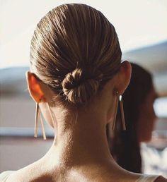 minimal hair style