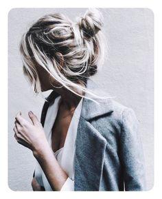 Hair hair styles hair color hair cuts hair color ideas for brunettes hair color ideas Messy Hairstyles, Pretty Hairstyles, Night Hairstyles, Medium Hairstyles, Hair Day, New Hair, Pinterest Hair, Hair Goals, Hair Inspiration