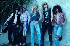 Izzy Stradlin Axl Rose Steven Adler Duff Mckagan Slash
