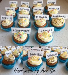 Cupcakes with names