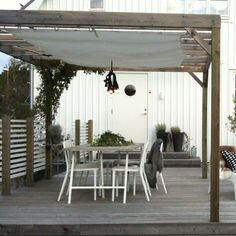The pergola kits are the easiest and quickest way to build a garden pergola. There are lots of do it yourself pergola kits available to you so that anyone could Diy Pergola, Pergola Carport, Building A Pergola, Small Pergola, Pergola Attached To House, Pergola Swing, Pergola With Roof, Wooden Pergola, Pergola Shade