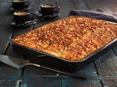 Eplekake i langpanne Norwegian Food, Norwegian Recipes, Recipe Boards, No Bake Desserts, Recipe Box, Banana Bread, Macaroni And Cheese, Nom Nom, Cake Recipes