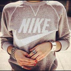Vintage Nike Sweatshirt ❥ 4U // hf