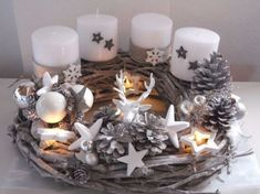 Adventkranz Weihnachten Shabby Advent Kugeln Unikat Lichterkette The Effective Pictures We Offer You About Wreath tattoo A quality picture can tell you many things. You can find the most beautiful pic Christmas Advent Wreath, Silver Christmas Decorations, Christmas Mood, Christmas Candles, Christmas Centerpieces, Christmas Lights, Diy Advent Wreath, Diy And Crafts, Christmas Crafts