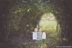 outdoor session with 6-months old twin boys ©angie ray photography