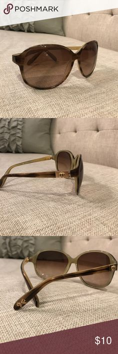 Juicy Couture Light Brown & Gold Sunnglasses Light brown and gold detail Juicy Couture sunglasses. No case. Juicy Couture Accessories Sunglasses