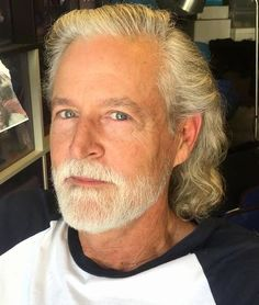 Haircuts For Men Over 50 Elegant Hairstyles For Men Over 50 Years Old Silver Pins Older Mens Hairstyles Mens Hairstyles Medium Men S Curly Hairstyles