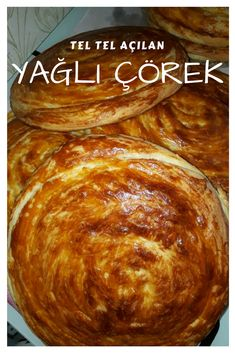 Tel Tel Açılan Yağlı Çörek – Nefis Yemek Tarifleri How to make a recipe for a filed filet? Food Platters, Food Dishes, Chocolate Milka, Food Drive Flyer, Healthy Holiday Recipes, Holiday Foods, Keto Holiday, Thanksgiving Holiday, Christmas Holiday