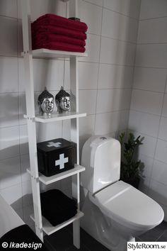 badrum,hylla,sjukhuslåda,buddah,handduk