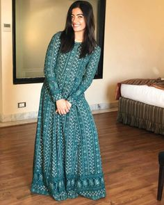 Image may contain: 1 person, standing Cute Girl Poses, Girl Photo Poses, Kurti Designs Party Wear, Salwar Designs, Indian Designer Outfits, Indian Outfits, Fashion Poses, Fashion Dresses, Simple Dresses