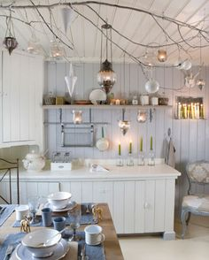 Another Ramshackle Glam find.I have branches over my dining table and love them. Cozinha Shabby Chic, Old Fashioned Kitchen, Cocinas Kitchen, Interior Decorating, Interior Design, Decorating Ideas, Decor Ideas, Scandinavian Style, Home Decor Ideas