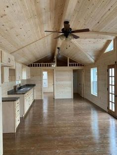 Small Cabin Kitchens, Small Rustic House, Small House Design, Shed To Tiny House, Tiny House Cabin, Tiny House Living, Tiny Houses, Cabin Floor Plans, Barn House Plans