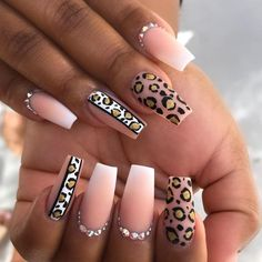 Have you ever thought of rocking coffin nail designs? We bet you have. It is a perfect mediation of stiletto nails and French manicure. These nail shapes are extremely popular. Even celebrities… Leopard Nail Designs, Leopard Print Nails, Nail Art Designs, Nails Design, Light Pink Nail Designs, Animal Nail Designs, Crazy Nail Designs, Nail Swag, Pink Nails