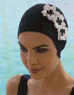 Fine Saratoga Ltd, UK's Largest Independant Stockist of Ladies Swimming Hats,Ladies Swim Hats With 3 Flower Decoration,Black Swim Hat With 3 White Flowers