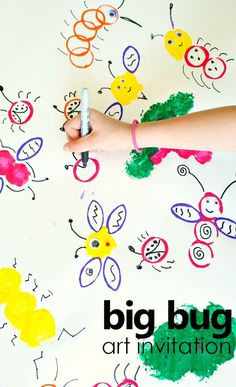Big Bug Art for Creative Kids – Fantastic Fun & Learning big bug collaborative art invitation. spring art activity for kids. insect theme with insect activities for preschool Insect Activities, Art Therapy Activities, Art Activities For Kids, Art For Kids, Spring Activities, Science Ideas, Nursery Activities, Easter Activities, Alphabet Activities