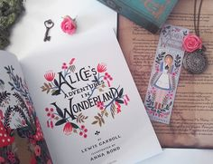 » Alice's Adventures in Wonderland : Le conte illustré par Anna Bond