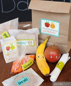Oh my! What an adorable way to make your kids' lunches more fun. Just use Avery full-sheet labels for these fun, free printables.
