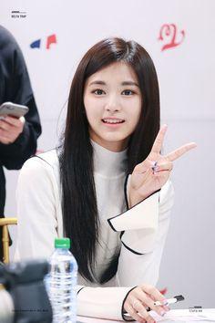 TWICE | Tzuyu♡ Kpop Girl Groups, Korean Girl Groups, Kpop Girls, Pretty Asian, Beautiful Asian Girls, Nayeon, K Pop, Twice Tzuyu, Sana Momo