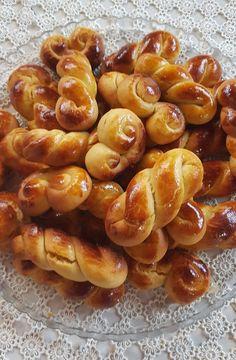 Recipe Boards, Pretzel Bites, Sausage, Biscuits, Bread, Desserts, Recipes, Food, Crack Crackers