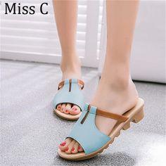 2017 Summer Cut Out Female Sandals Fashion Solid Beach Ladies Slides Slippers  Trifle PU Leather Women Shoes Plus Szie 40 WSS531 1a6fa92da5e1
