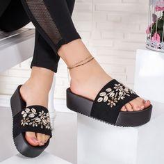 Papuci dama negre cu scoici Novagia Pool Slides, Slip On, Sandals, Casual, Shoes, Fashion, Slide Sandals, Moda, Sandal