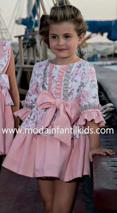 Pin by Amy Stover on josie Little Girl Dresses, Girls Dresses, Dress For Girl Child, Dress Anak, Outfits Niños, Baby Girl Party Dresses, Baby Dress Design, Baby Frocks Designs, Baby Dress Patterns