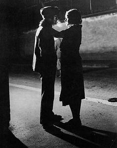 Brassaï - Couple Amoureux, Rue Croulebarbe, Quartier Italie, c. 1931. S)