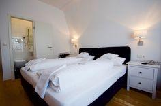 Doppelzimmer Komfort Bad Godesberg, Villa, Das Hotel, Komfort, Furniture, Home Decor, Bonn, Birthing Center, Double Room