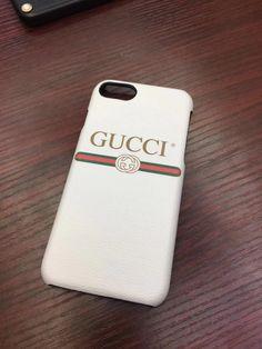 グッチ(GUCCI) ケース 薄型 ケース、先取り☆クラシックロゴgucci iPhoneX/iPhone8/8Plus/7/6sケース。