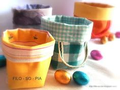 filo-so-pia: Cestini di stoffa Fabric Boxes, Fabric Covered, Fabric Crafts, Tableware, Handmade, Hobby, Sewing Diy, Irene, Basket