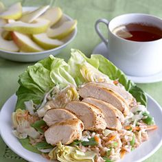 Dinner menu: Chicken with Brown Rice Salad, pear wedges Diabetic Salads, Diabetic Recipes For Dinner, Diabetic Meal Plan, Healthy Recipes, Diabetic Tips, Recipes Dinner, Soup And Salad, Rice Salad, Salad Bar