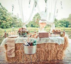 Texas, rustic wedding ideas - Rustic Wedding champagne bar on a hay bale. Champagne Bar, Bubbly Bar, Wedding Champagne, Bridal Shower Rustic, Rustic Wedding, Chic Wedding, Trendy Wedding, Save The Date Wedding, Wedding Ceremony