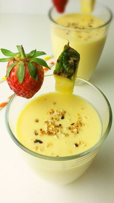 Smoothies, Panna Cotta, Ethnic Recipes, Juicing, Diet, Smoothie, Dulce De Leche, Juice, Smoothie Packs