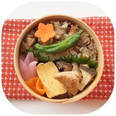 あさりの炊き込みご飯 鶏の山椒焼き エリンギの塩ダレ炒め ししとう塩焼き しば玉ねぎ